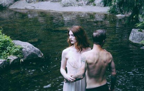 男友现在已经订婚了,我想挽回订婚的男友