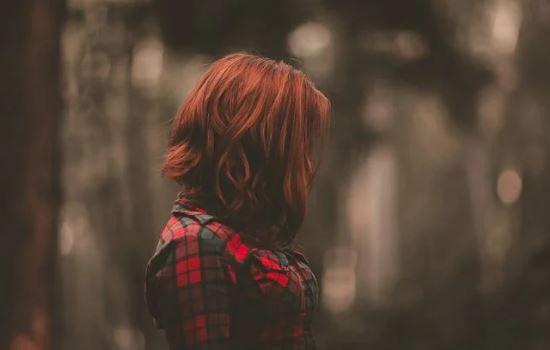 男朋友要和我分手,我可以找朋友去挽回男友吗,这是种错误方式吗?