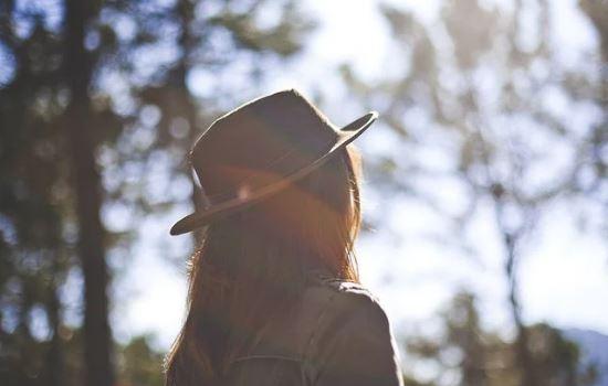 男友说不喜欢死缠烂打的女孩,为了挽回他我坚持了那么久,我该怎么办